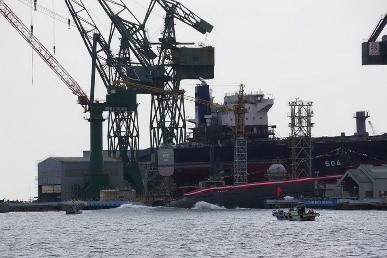 Submarino Clase SORYU(DRAGON AZUL) - Tecnologia avanzada y clasificada (sin compartir sus adelantos) SIXSORYUBlack_Dragon