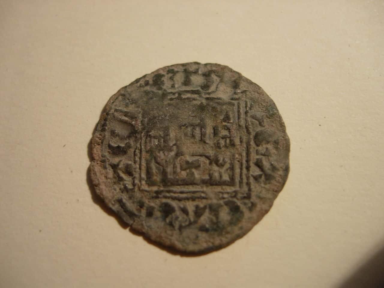 Dinero noven de Alfonso XI (1312-1350) de Toledo Baj_277