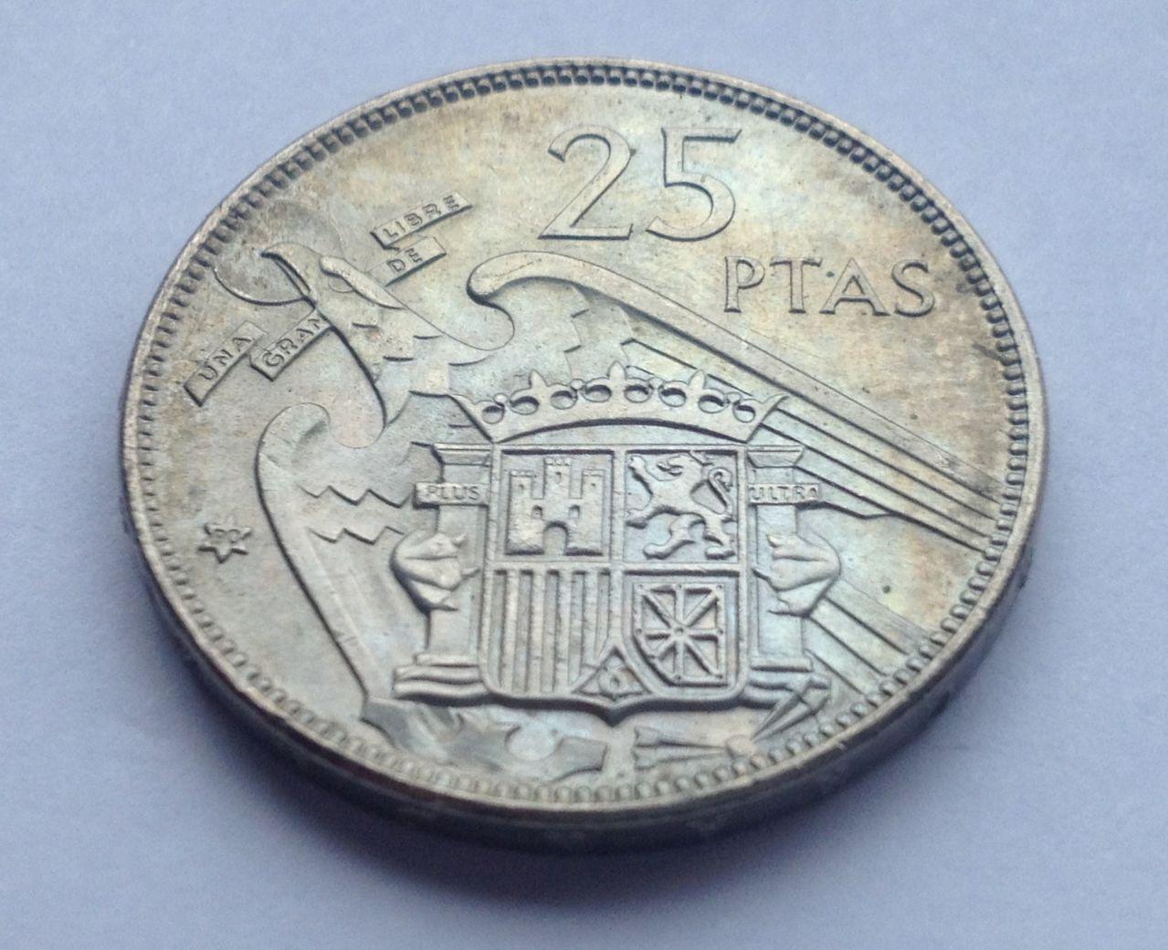 25 pesetas 1957 *70 Estado Español Image