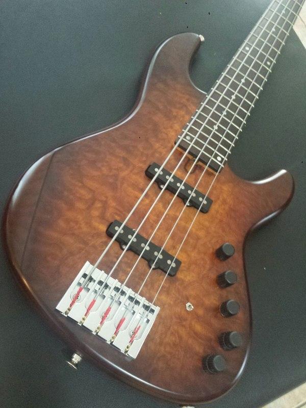 Mostre o mais belo Jazz Bass que você já viu - Página 10 Jb1