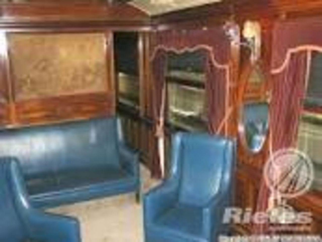 Tren oficial  EL OLIVO- medio histórico de servicio a los Presidentes en turno  TRENESACTUALESPRESIDENCIALES
