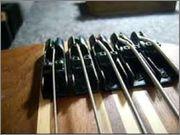 Projeto novo: Singlecut 5 cordas com headstock tipo Musicman (NS Luthieria) Ponte_mono_rail