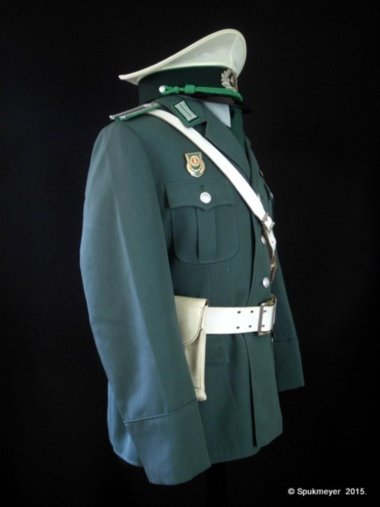 My DDR uniform - Page 4 DSCI1253