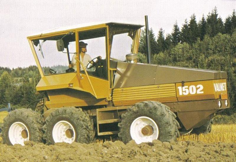 Hilo de tractores antiguos. - Página 37 VALMET_1502_6x6
