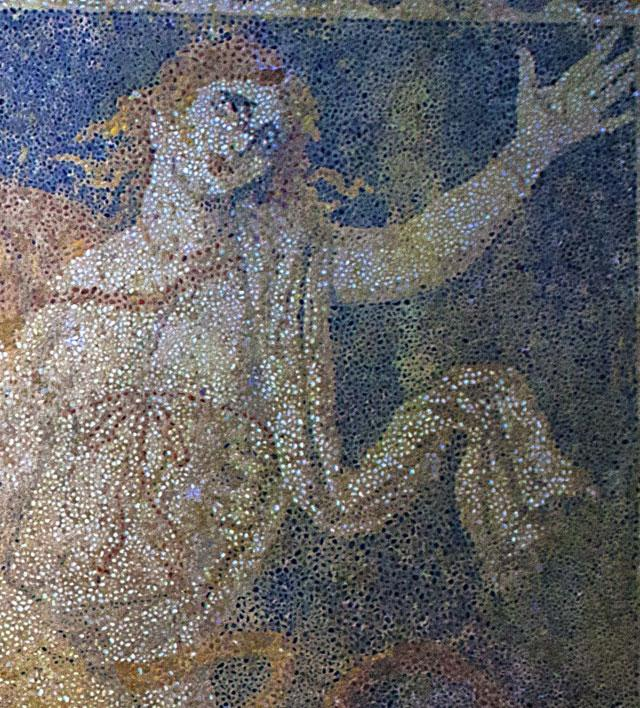 Nueva información tumba de Anphipolis Php_Thumb_generated_thumbnailjpg_CAROM1_XX