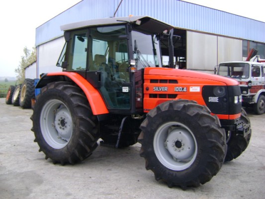 Hilo de tractores antiguos. - Página 24 Same_SILVER_100_4_DT