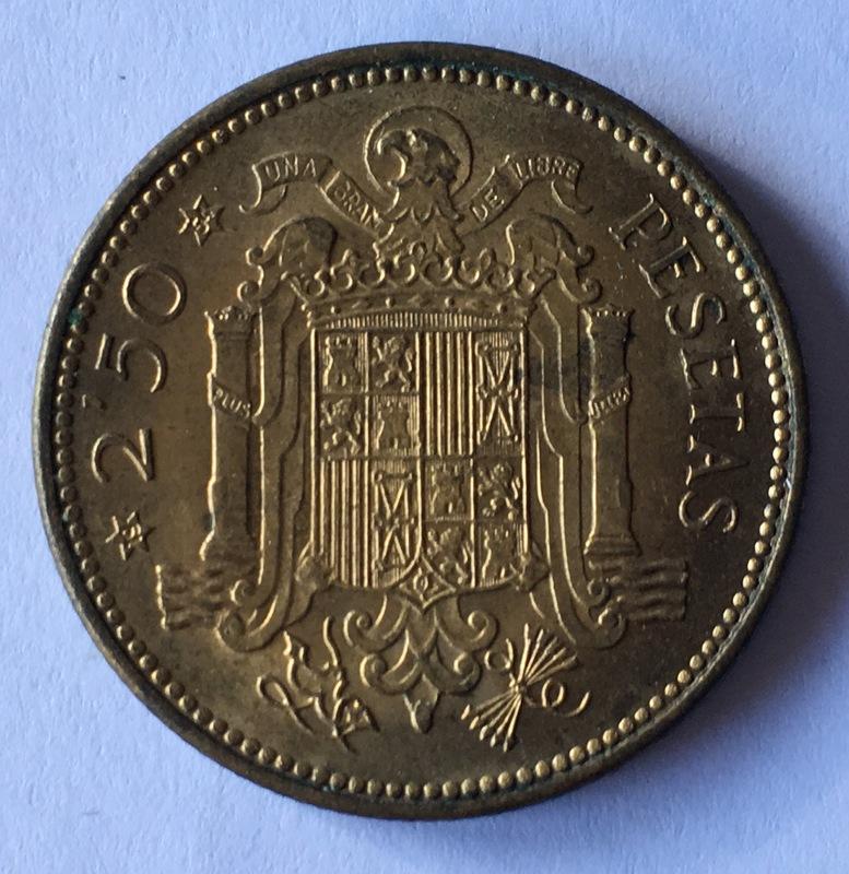 2,5 pesetas 1953 (*19-54). Estado Español - Página 2 IMG_8072