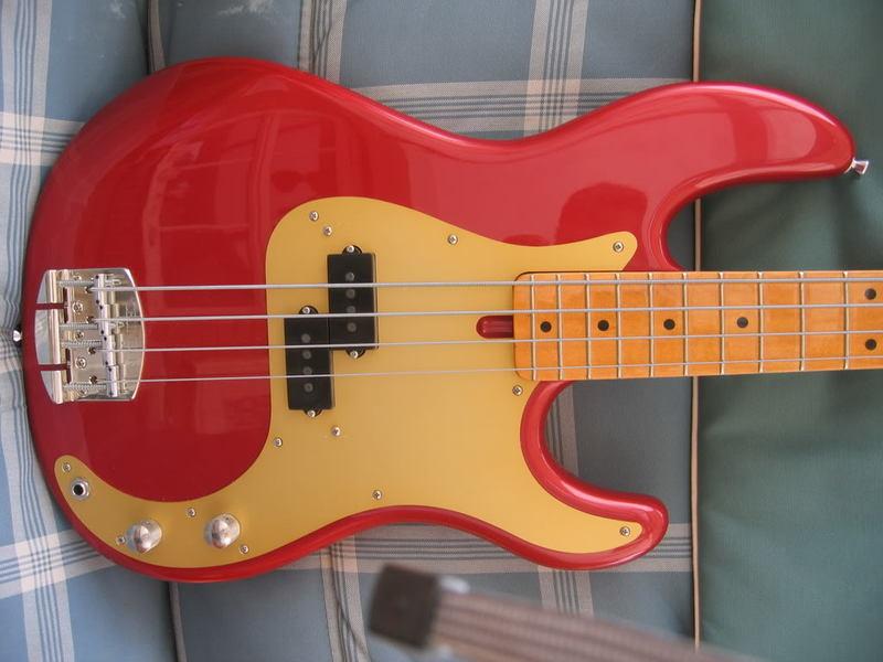 Precision Bass 4 cordas - GusVCD Image