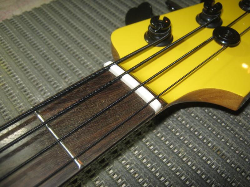 Precision Bass Amarelo (Já vi um por aqui :-P) - Finalizado IMG_2666