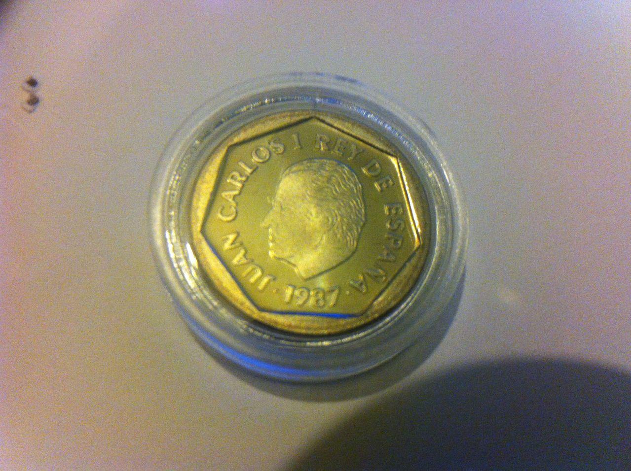 200 pesetas 1987 E-87, dedicada a todos,  IMG_3610