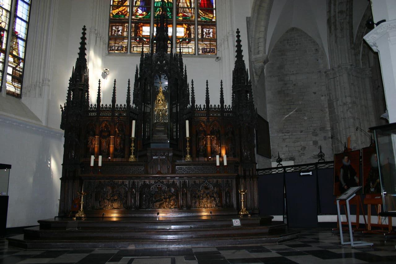 Doble Ducatón de los Archiduques Alberto e Isabel. 1619. Bruselas. - Página 3 IMG_0495