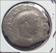 Denario de Heliogábalo. P M TR P V COS IIII P P, el Emperador. Ceca Roma. ELA1