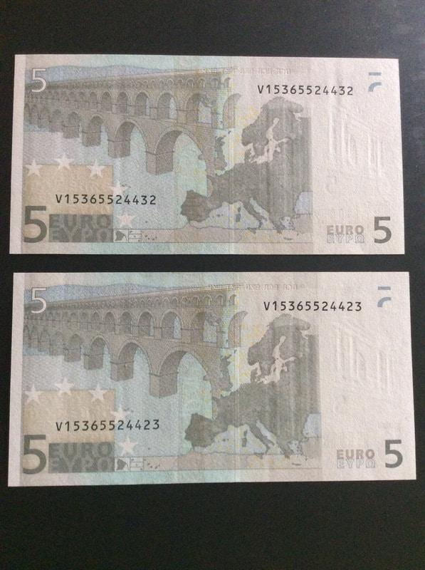 Duda con billetes de 5 euros correlativos IMG_0571