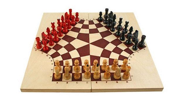 شطرنج لثلاثة لاعبين Large