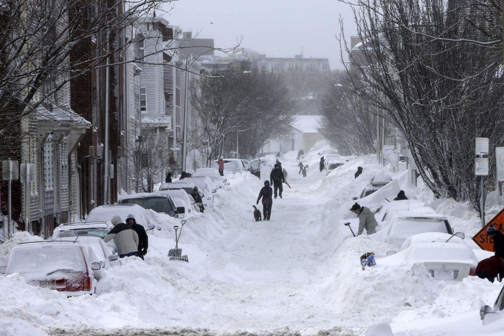 Frio nos EUA 0209_snow-cars
