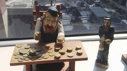 Avidité Juive : juifs adorateurs de l'argent JEWS-AND-MONEY_photo1_OP