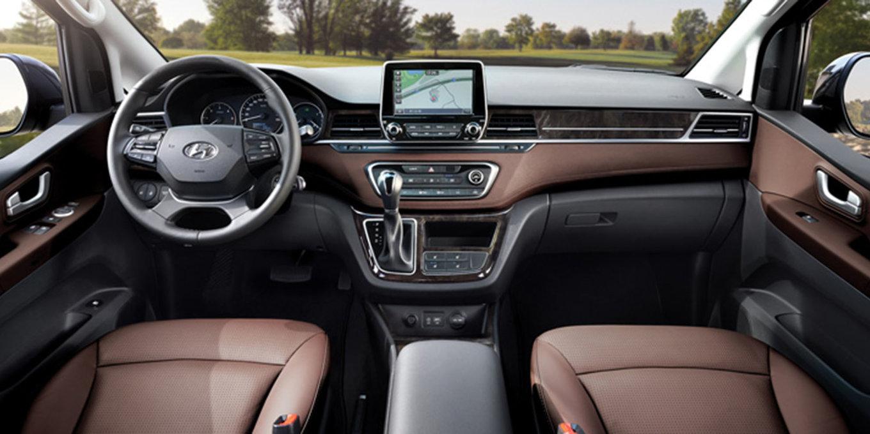 [Actualité] Groupe Hyundai  - Page 4 Hyundai-grand-starex-facelift-dashboard