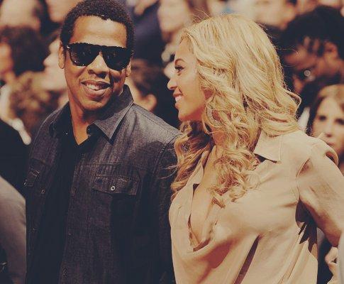 Beyonce and Jay Z Beyonce-couple-cute-jay-z-Favim.com-323308