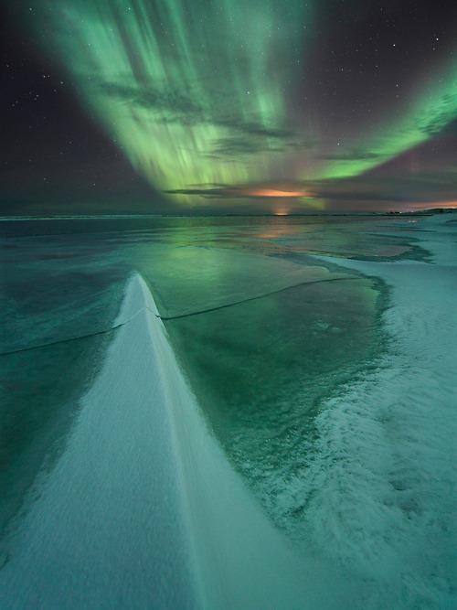 Polarna svetlost - Page 5 Aurora-aurora-borealis-aurora-polaris-green-ice-Favim.com-332131
