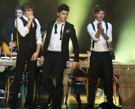 If it's meant to be,it will happen - Page 2 Liam-payne-louis-tomlinson-one-direction-up-all-night-tour-zayn-malik-Favim.com-341468