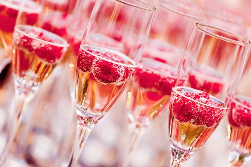 Urari de sarbatori pt rozici !!! - Pagina 2 Champagne-cute-drinks-new-year-pink-Favim.com-359241