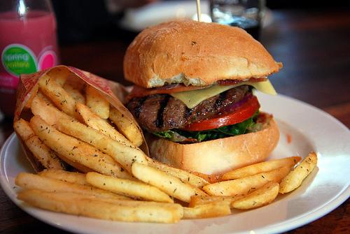 ``Foods``` - Page 39 Burger-food-photography-yum-yummy-Favim.com-403836