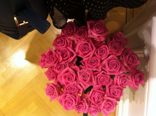 When you meet your destiny. :) - Page 3 Bouquet-cute-flower-flowers-girl-Favim.com-417377