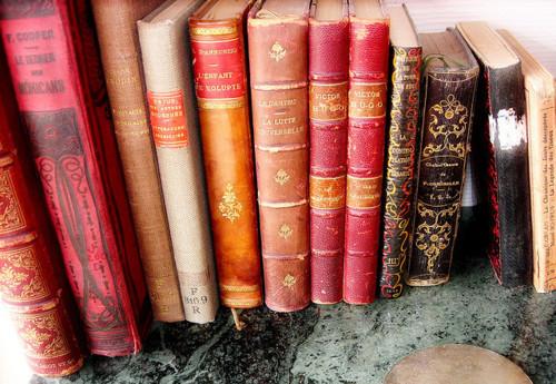 LIBROS = A SABIDURIA , CONOCIMIENTOS ..... Books-cute-old-pink-vintage-Favim.com-439016
