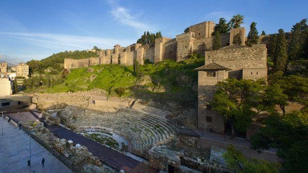 Jueves de Pedalea por Málaga en el Bkool Alcazaba-t-romano-alcazabilla-web_crop3sub1