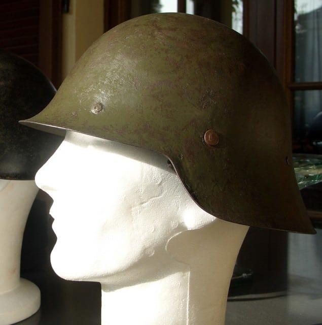 casco - Mod. 35 alemán en España. M33naz002ny0
