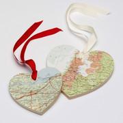 Декупаж на берегах Темзы. Англия. 1318264234_wooden_map_hearts