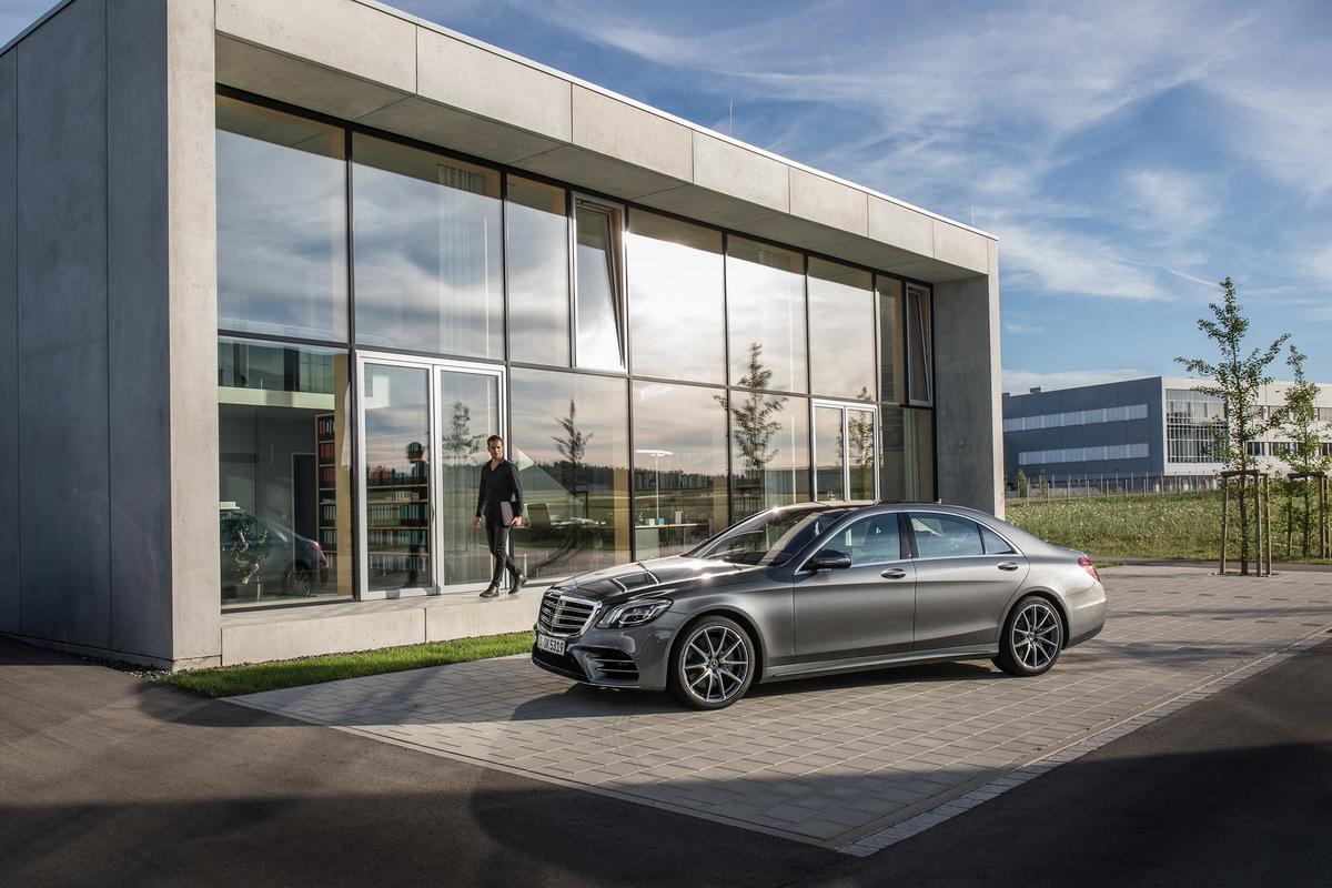 A Direção Autônoma pela Mercedes Mercedes-_S-_Class-10