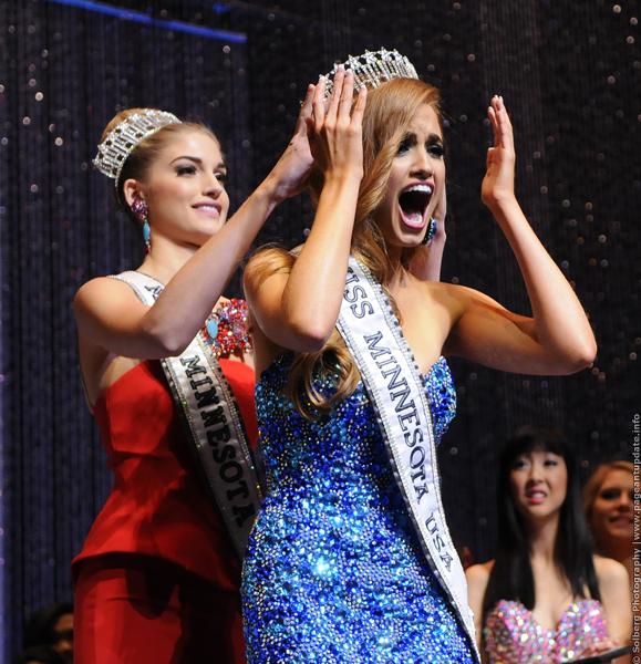 Haley O'Brian (MINNESOTA 2014) Crowning