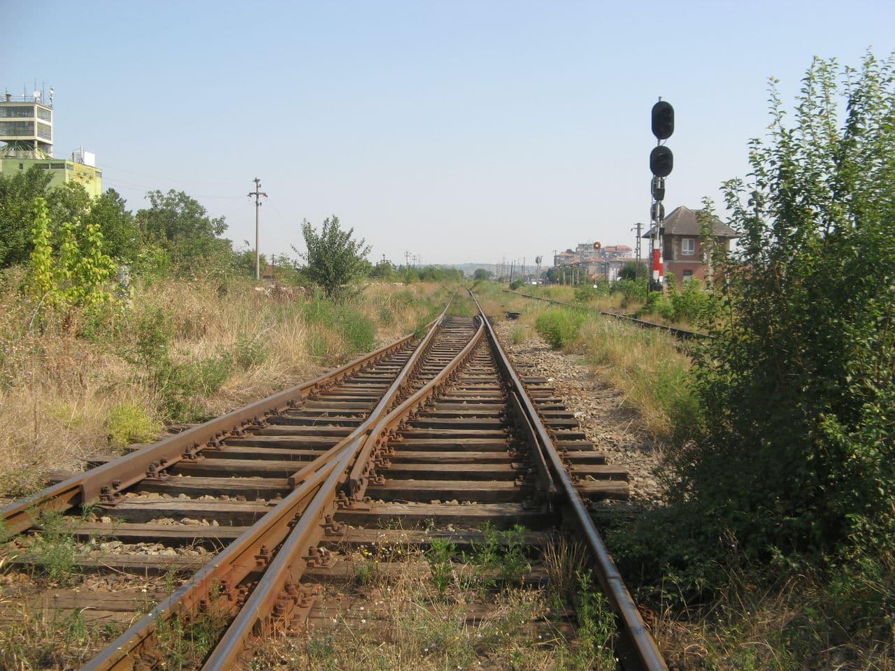 Calea ferată directă Oradea Vest - Episcopia Bihor IMG_0005