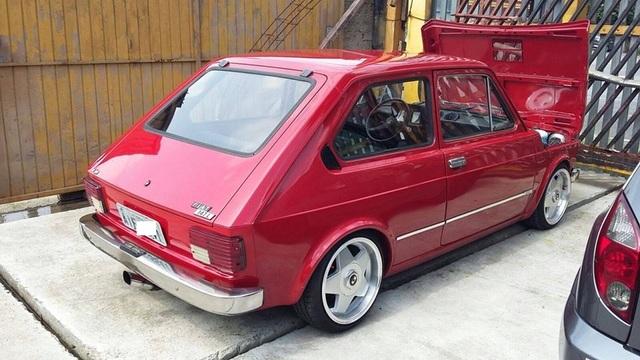 Auto Storiche in Brasile - FIAT - Pagina 9 Fiat_147_1979
