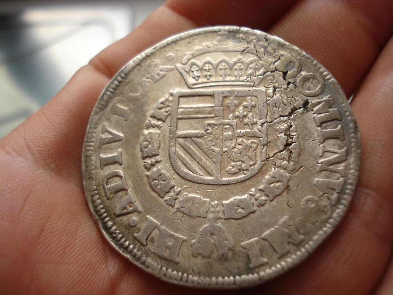 1569 - Escudo de plata 1569. Felipe II. Utrecht. Dedicada a Corvera Kunker_017