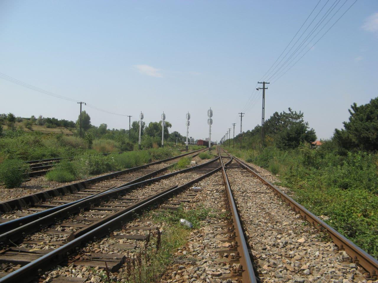 Calea ferată directă Oradea Vest - Episcopia Bihor IMG_0073