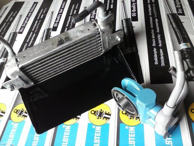Hladnjak ulja, pregrade u karteru i druga resenja za bolje podmazivanje motora CAM02374