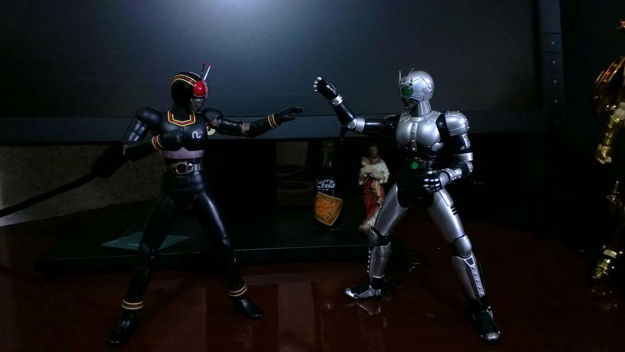 [Comentários] Kamen Rider - S.H.Figuarts - Página 3 WP_20140309_025