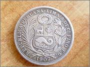 II aniversario Numismario: 1/2 sol 1907 Perú. P1270055