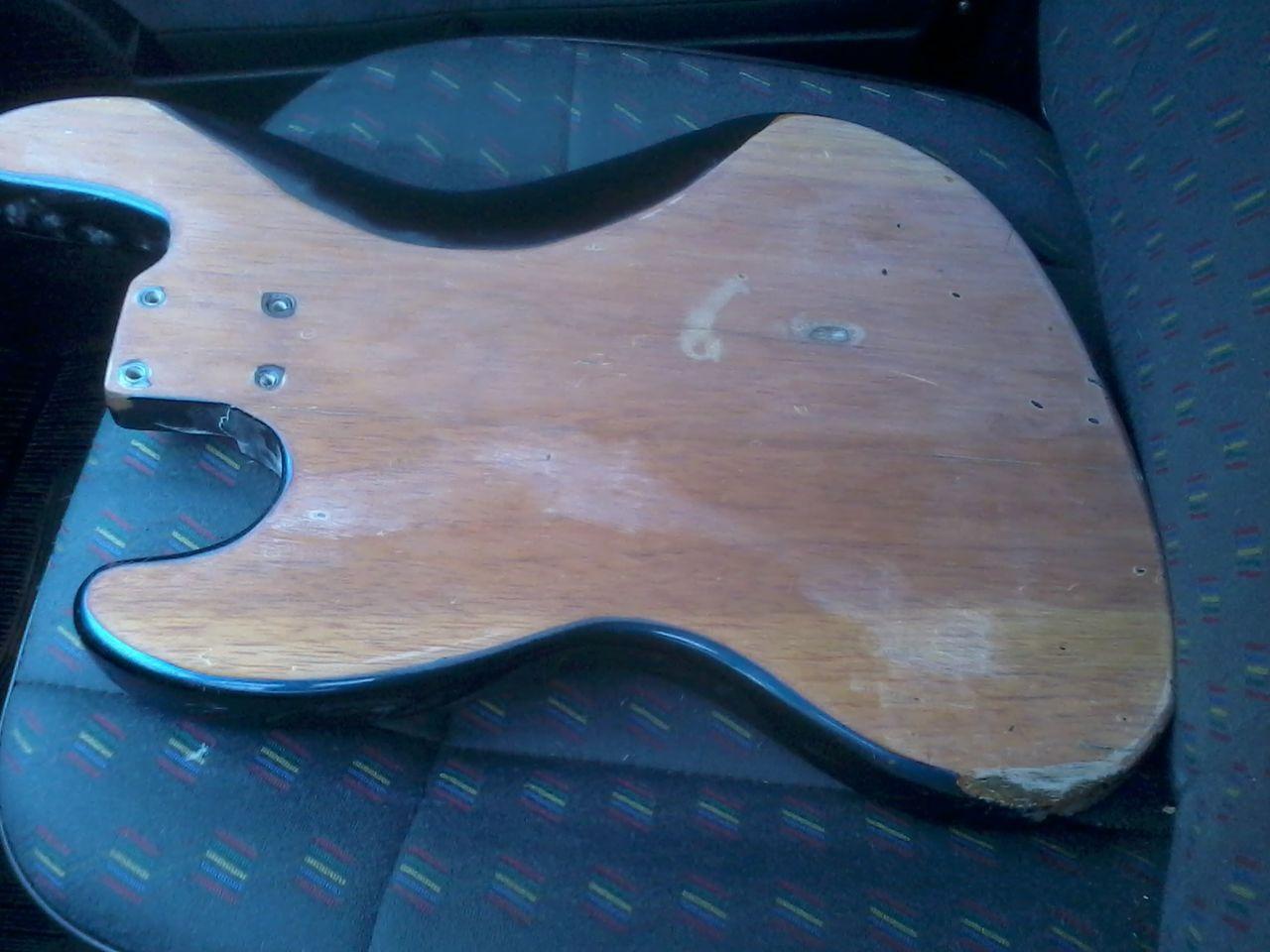 Restauração Fender Southern Cross 2013_10_18_07_34_30