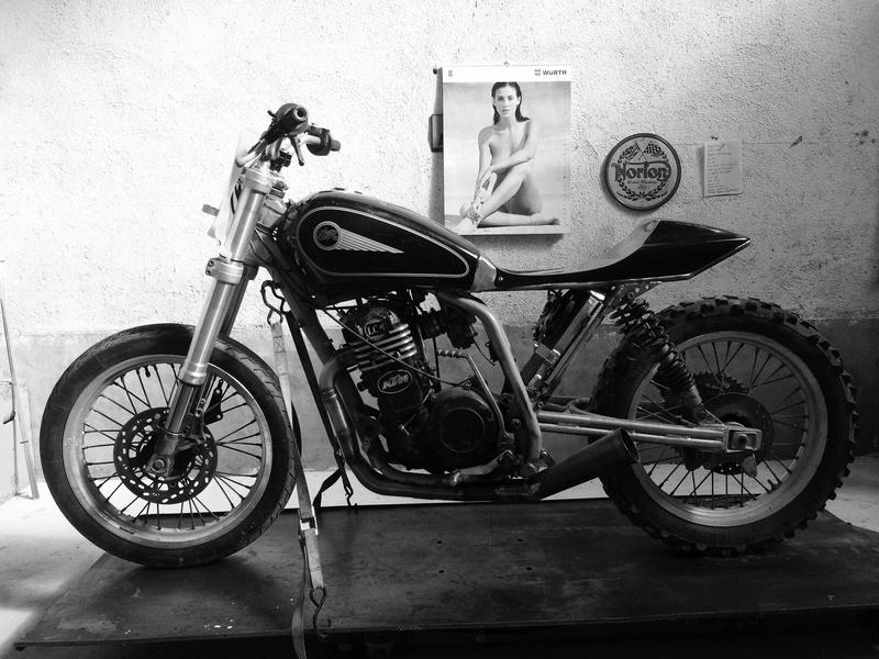Mes pétoires KTM flat + Ducati café  IMG_2381