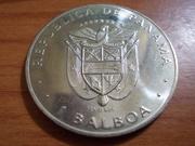 """1 Balboa 1.976  Panamá  """" Metedura de """"pata"""" con el cuño DSCN0720"""