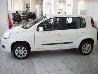 Auto nuova a meno di 10.000€, qual'è la più conveniente? Fiat_uno_attractive
