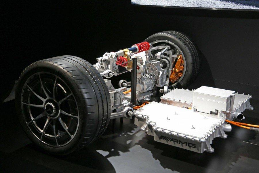 MERCEDES - PROJECT ONE - detalhes mecânicos Pj91