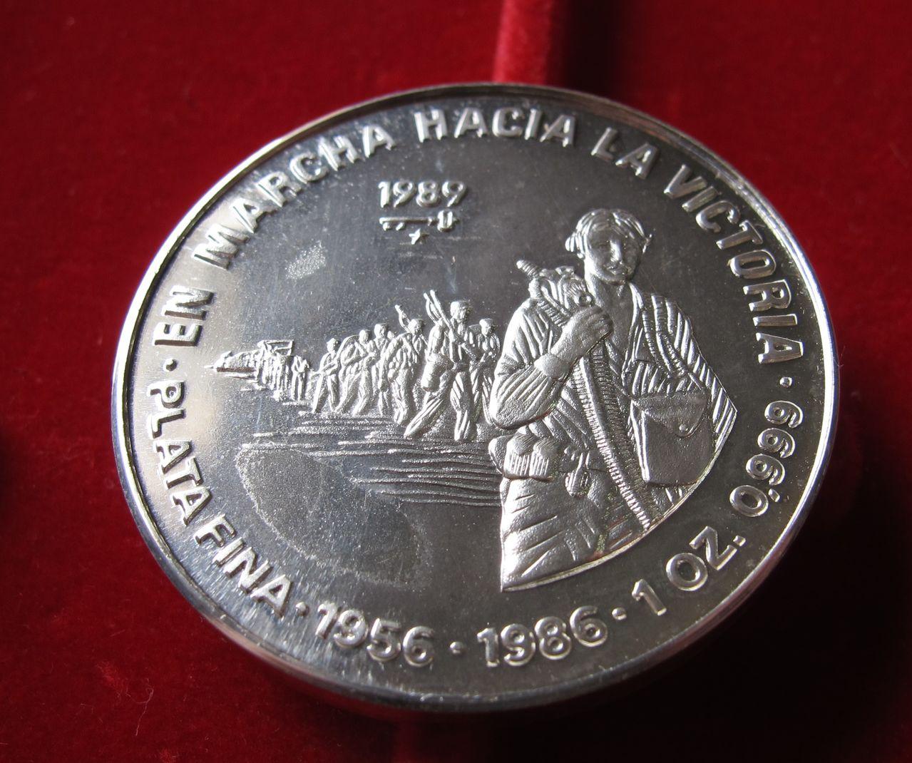 10 pesos 1989. En marcha hacia la victoria. Cuba Cuba2