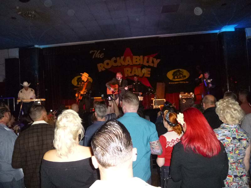 Let's go rockabilly...rave 17 th P1170360