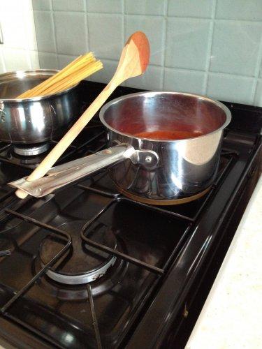 Ideje - praktično, lepo, korisno Saucepan-375x500