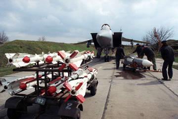 Р-33 - управляемая ракета большой дальности Dr8xW