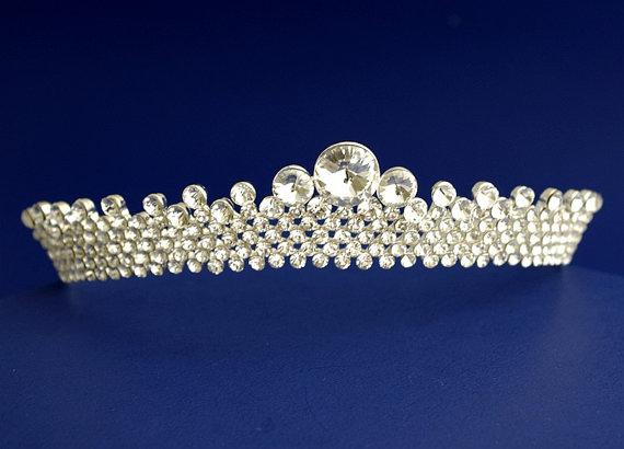 تيجان ملكية  امبراطورية فاخرة Brilliant-circular-crown-full-royal-wedding-crown-statement-bridal-headpiece-bridal-headpiece-wedding-headpiece-bridal-tiara-silver